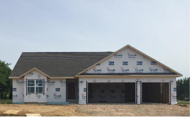 N8301 Beachview Drive, Fond Du Lac, WI 54937 (#50185658) :: Symes Realty, LLC