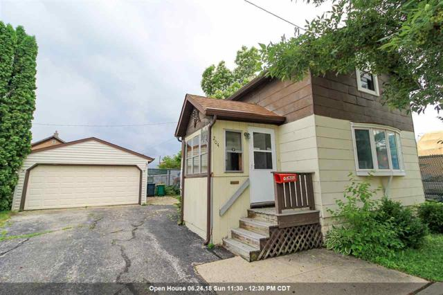 204 Taylor Street, Fond Du Lac, WI 54935 (#50185884) :: Dallaire Realty