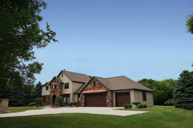N7952 Fairfield Drive, Fond Du Lac, WI 54937 (#50185919) :: Todd Wiese Homeselling System, Inc.