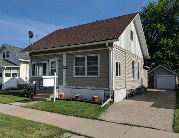 847 W 12TH Avenue, Oshkosh, WI 54902 (#50186010) :: Symes Realty, LLC