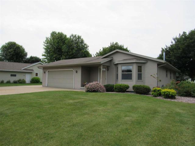 N1413 Westgreen Drive, Greenville, WI 54942 (#50186021) :: Dallaire Realty