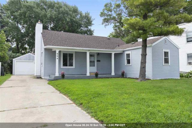 604 Maple Street, Neenah, WI 54956 (#50186210) :: Dallaire Realty