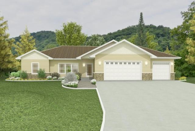 306 Robin Lane, Luxemburg, WI 54217 (#50186222) :: Todd Wiese Homeselling System, Inc.