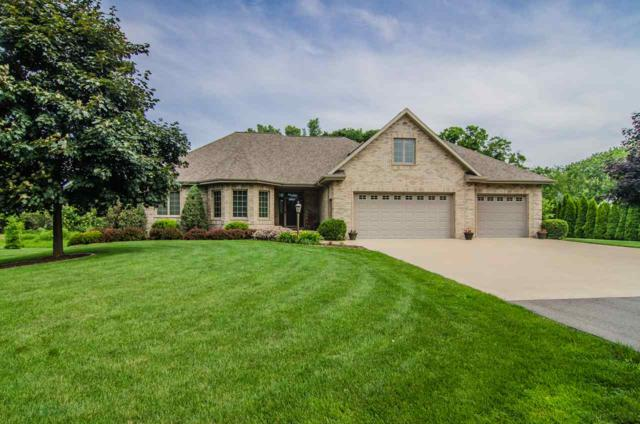 W1410 Maes Court, Kaukauna, WI 54130 (#50186256) :: Dallaire Realty