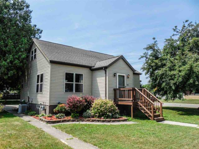 302 Chicago Street, Oconto, WI 54153 (#50186790) :: Symes Realty, LLC