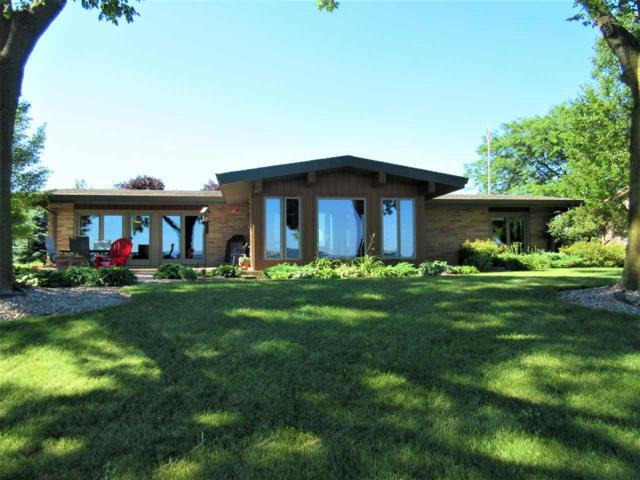 5663 Courtney Plummer Road, Winneconne, WI 54986 (#50186902) :: Todd Wiese Homeselling System, Inc.
