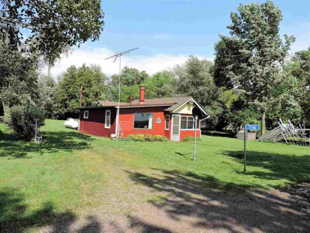 7746 Cut Off Lane, Larsen, WI 54947 (#50187025) :: Todd Wiese Homeselling System, Inc.