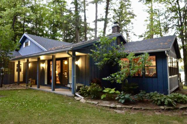 6104 Dogwood Lane, Oconto, WI 54153 (#50187109) :: Todd Wiese Homeselling System, Inc.