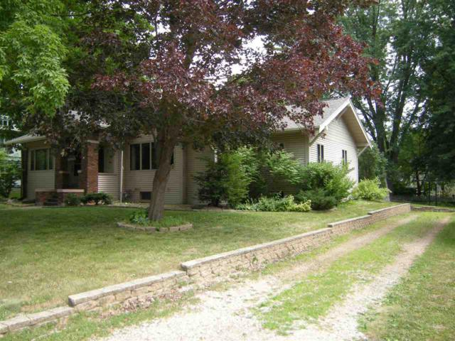 80 N Main Street, Clintonville, WI 54929 (#50187257) :: Todd Wiese Homeselling System, Inc.