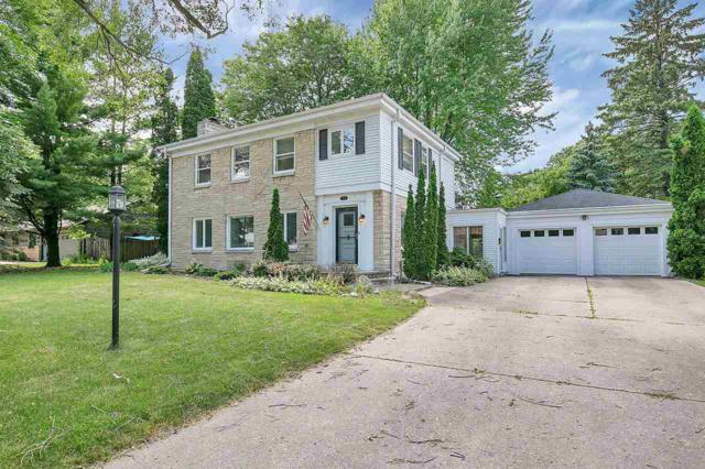 2338 Jourdain Lane, Green Bay, WI 54301 (#50187434) :: Todd Wiese Homeselling System, Inc.