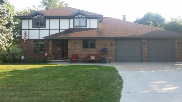 7 Chappell Court, Appleton, WI 54914 (#50187489) :: Todd Wiese Homeselling System, Inc.