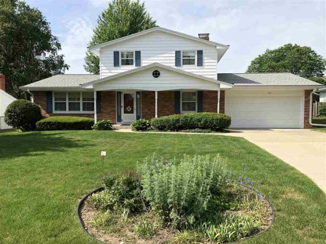 344 Terraview Drive, Green Bay, WI 54301 (#50187515) :: Todd Wiese Homeselling System, Inc.
