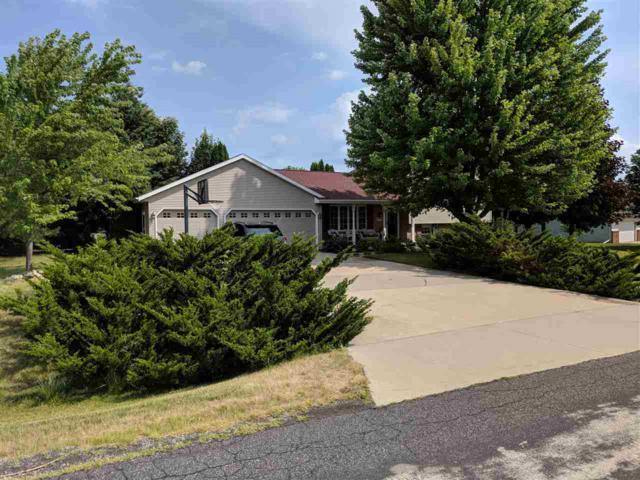 W6770 Fairlane Drive, Greenville, WI 54942 (#50187525) :: Dallaire Realty