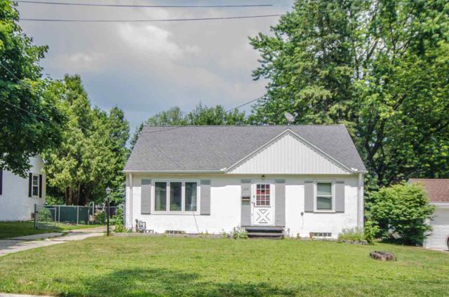 339 E Mission Road, Green Bay, WI 54301 (#50187612) :: Symes Realty, LLC