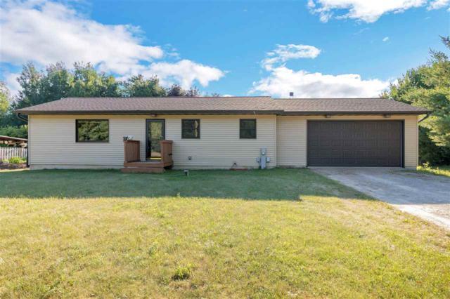 E2328 Nancy Lane, Waupaca, WI 54981 (#50187615) :: Todd Wiese Homeselling System, Inc.