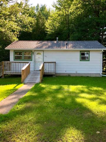 531 E Park Drive, Peshtigo, WI 54157 (#50187624) :: Todd Wiese Homeselling System, Inc.