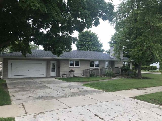 805 Lincoln Street, Kewaunee, WI 54216 (#50187638) :: Dallaire Realty