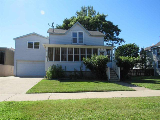 313 Michigan Avenue, Oconto, WI 54153 (#50187645) :: Todd Wiese Homeselling System, Inc.