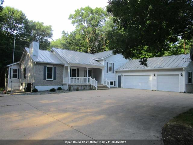 E1847 Melody Lane, Waupaca, WI 54981 (#50187667) :: Todd Wiese Homeselling System, Inc.