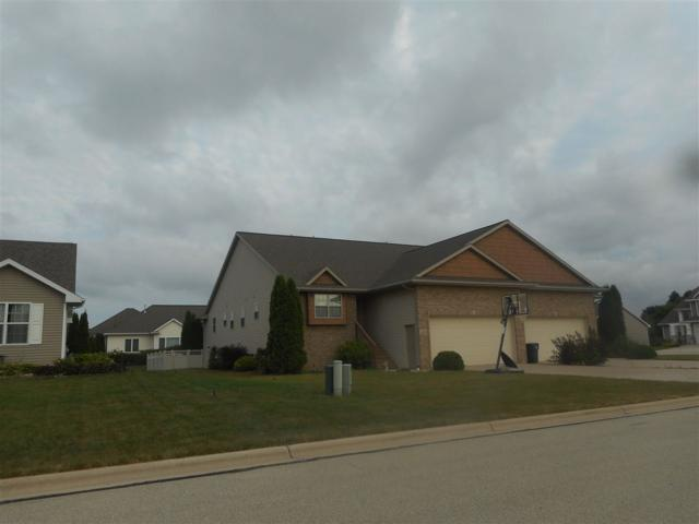 4018 S Parker Way, De Pere, WI 54115 (#50187723) :: Todd Wiese Homeselling System, Inc.