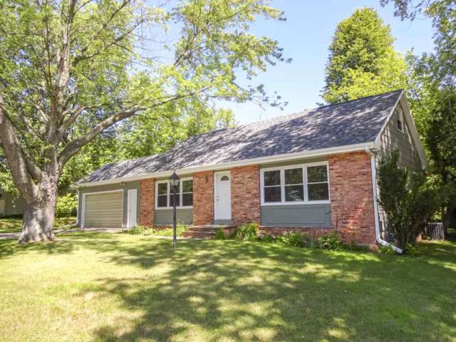 1584 Glen Road, Green Bay, WI 54313 (#50187735) :: Symes Realty, LLC