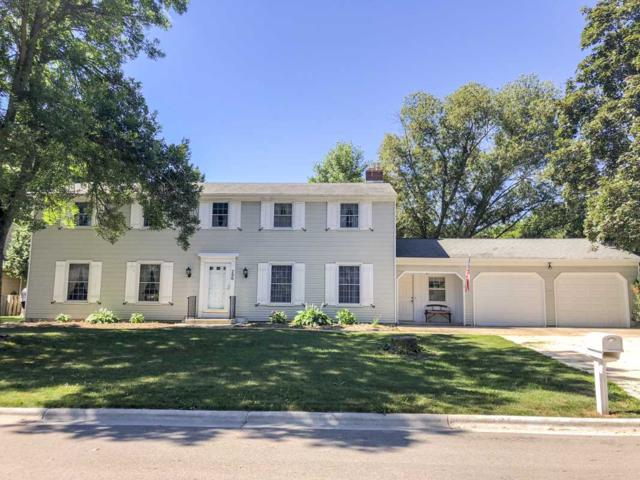 700 Bordeaux Rue, Green Bay, WI 54301 (#50187740) :: Todd Wiese Homeselling System, Inc.