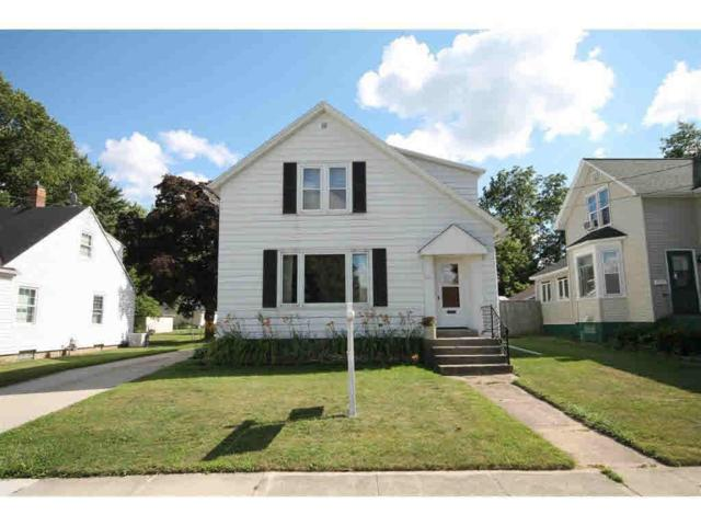 125 Schley Street, Brillion, WI 54110 (#50187752) :: Todd Wiese Homeselling System, Inc.