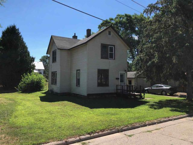 812 S River Street, Shawano, WI 54166 (#50187768) :: Todd Wiese Homeselling System, Inc.