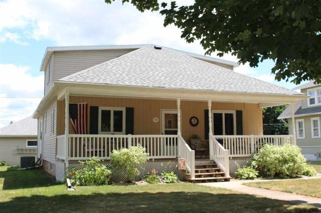 141 N John Street, Kimberly, WI 54136 (#50187812) :: Todd Wiese Homeselling System, Inc.