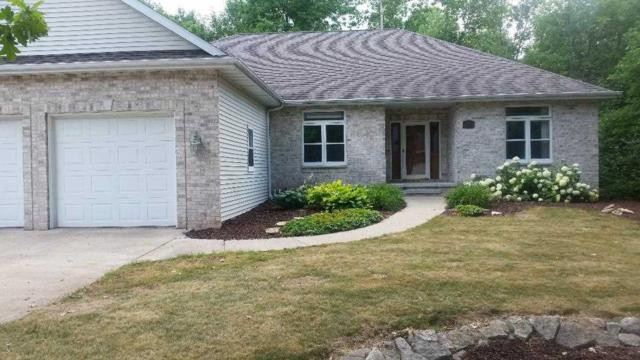 230 Burning Tree Court, Wrightstown, WI 54180 (#50187819) :: Dallaire Realty