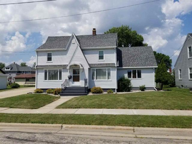 412 8TH Street, Menasha, WI 54952 (#50187861) :: Todd Wiese Homeselling System, Inc.