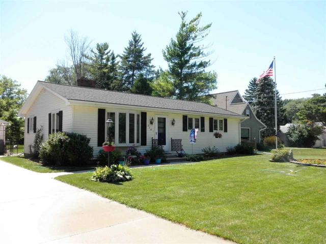 514 Beaupre Street, Green Bay, WI 54301 (#50187874) :: Todd Wiese Homeselling System, Inc.
