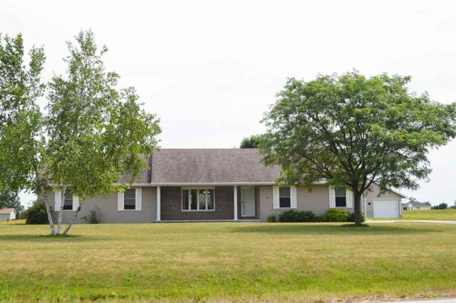 3151 Lazy Day, De Pere, WI 54115 (#50187920) :: Todd Wiese Homeselling System, Inc.