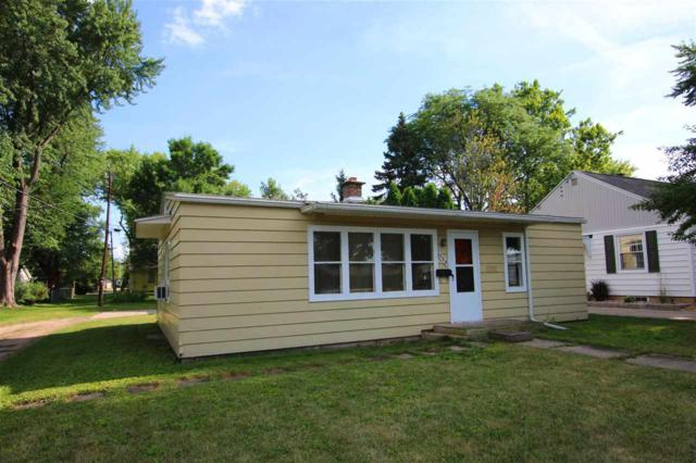 550 Russell Street, Fond Du Lac, WI 54935 (#50187954) :: Todd Wiese Homeselling System, Inc.