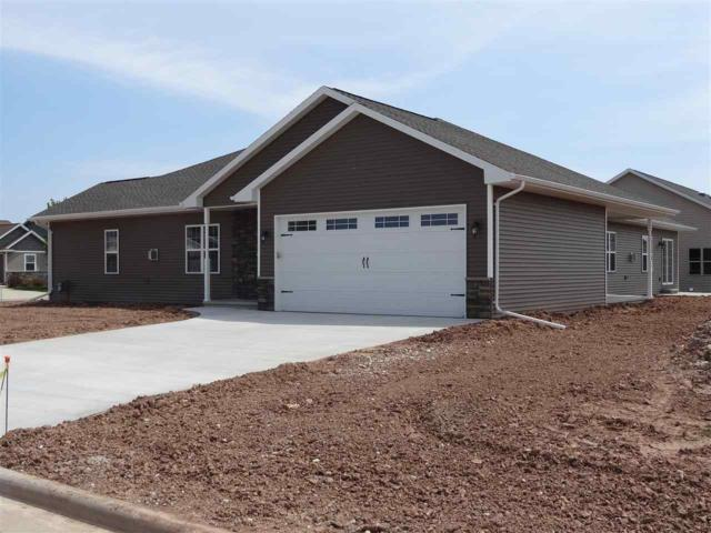1354 Hedgerow Drive, Neenah, WI 54956 (#50187984) :: Todd Wiese Homeselling System, Inc.