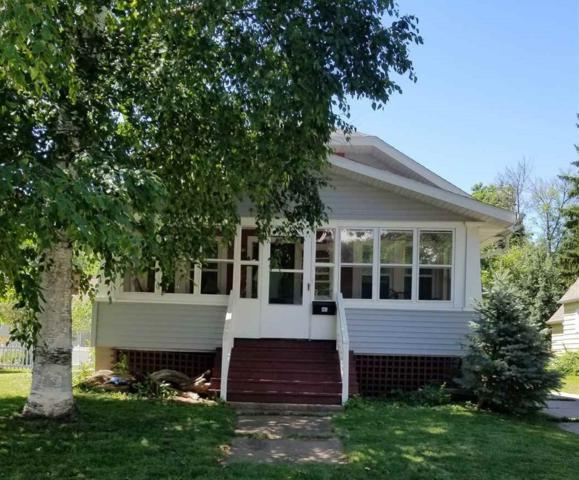 1230 S Clay Street, Green Bay, WI 54301 (#50188018) :: Todd Wiese Homeselling System, Inc.
