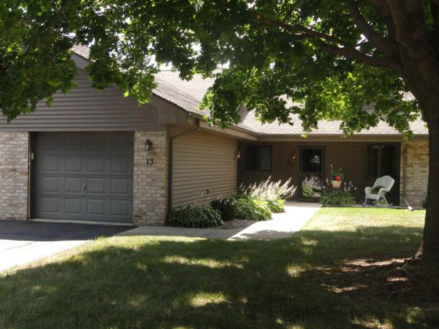 73 Spencer Village Court #11, Appleton, WI 54914 (#50188020) :: Todd Wiese Homeselling System, Inc.