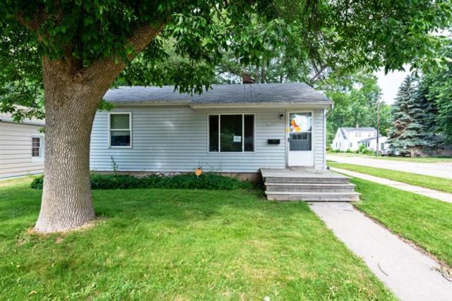 1337 Oak Street, Oshkosh, WI 54901 (#50188042) :: Todd Wiese Homeselling System, Inc.