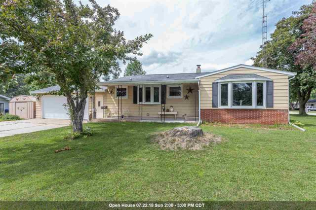 903 W Millard Street, New London, WI 54961 (#50188056) :: Todd Wiese Homeselling System, Inc.