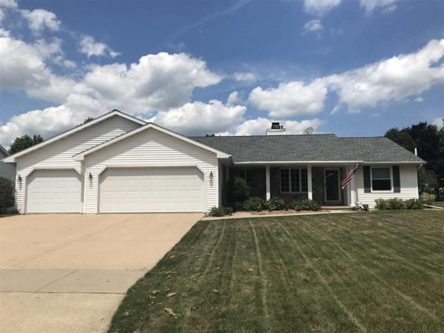 1137 Coprinus Drive, Green Bay, WI 54313 (#50188059) :: Todd Wiese Homeselling System, Inc.