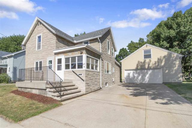 813 Oviatt Street, Kaukauna, WI 54930 (#50188061) :: Todd Wiese Homeselling System, Inc.