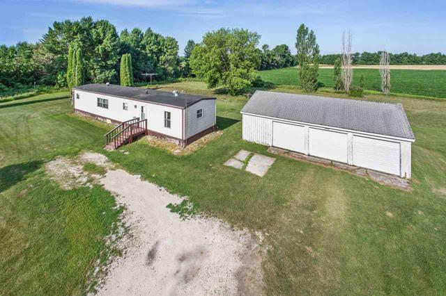 N9411 Rocky Road, Luxemburg, WI 54217 (#50188135) :: Dallaire Realty