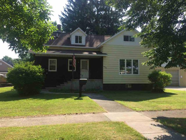 360 S Ellis Avenue, Peshtigo, WI 54157 (#50188219) :: Todd Wiese Homeselling System, Inc.