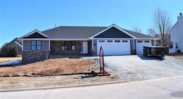 1752 Steiner Lane, Green Bay, WI 54313 (#50188987) :: Dallaire Realty