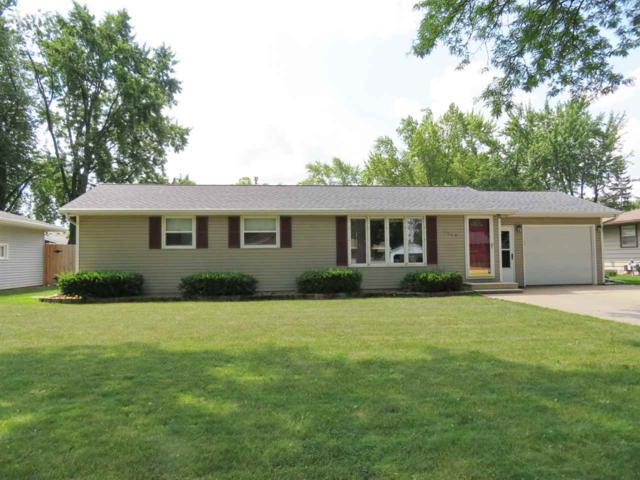 1009 St Anthony Drive, De Pere, WI 54115 (#50189202) :: Dallaire Realty