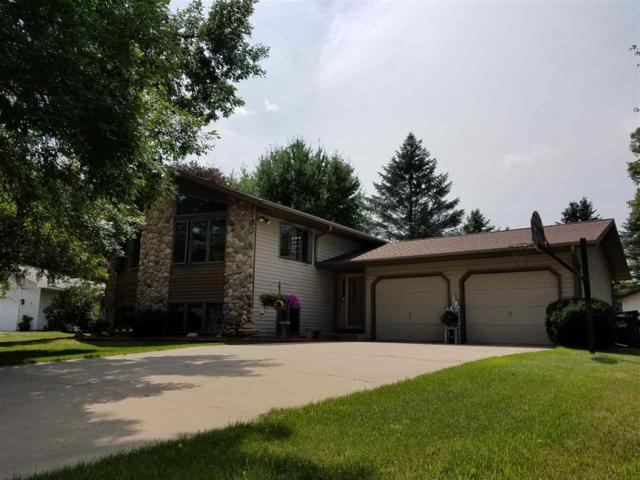 121 Crestwood Court, Shawano, WI 54166 (#50189232) :: Dallaire Realty
