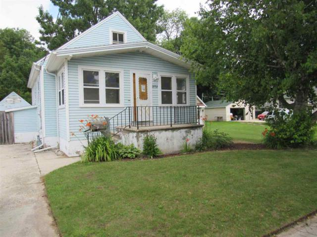 2732 13TH Street, Two Rivers, WI 54241 (#50189324) :: Symes Realty, LLC