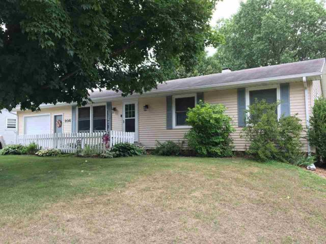 206 S Milwaukee Avenue, Oconto Falls, WI 54154 (#50189382) :: Symes Realty, LLC