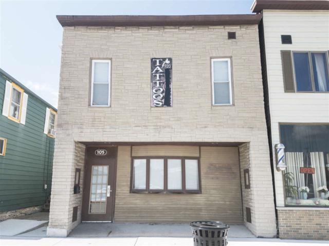 105 W 3RD Street, Kaukauna, WI 54130 (#50189399) :: Todd Wiese Homeselling System, Inc.