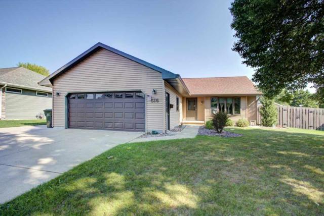 516 Wildwood Drive, Kaukauna, WI 54130 (#50189410) :: Todd Wiese Homeselling System, Inc.
